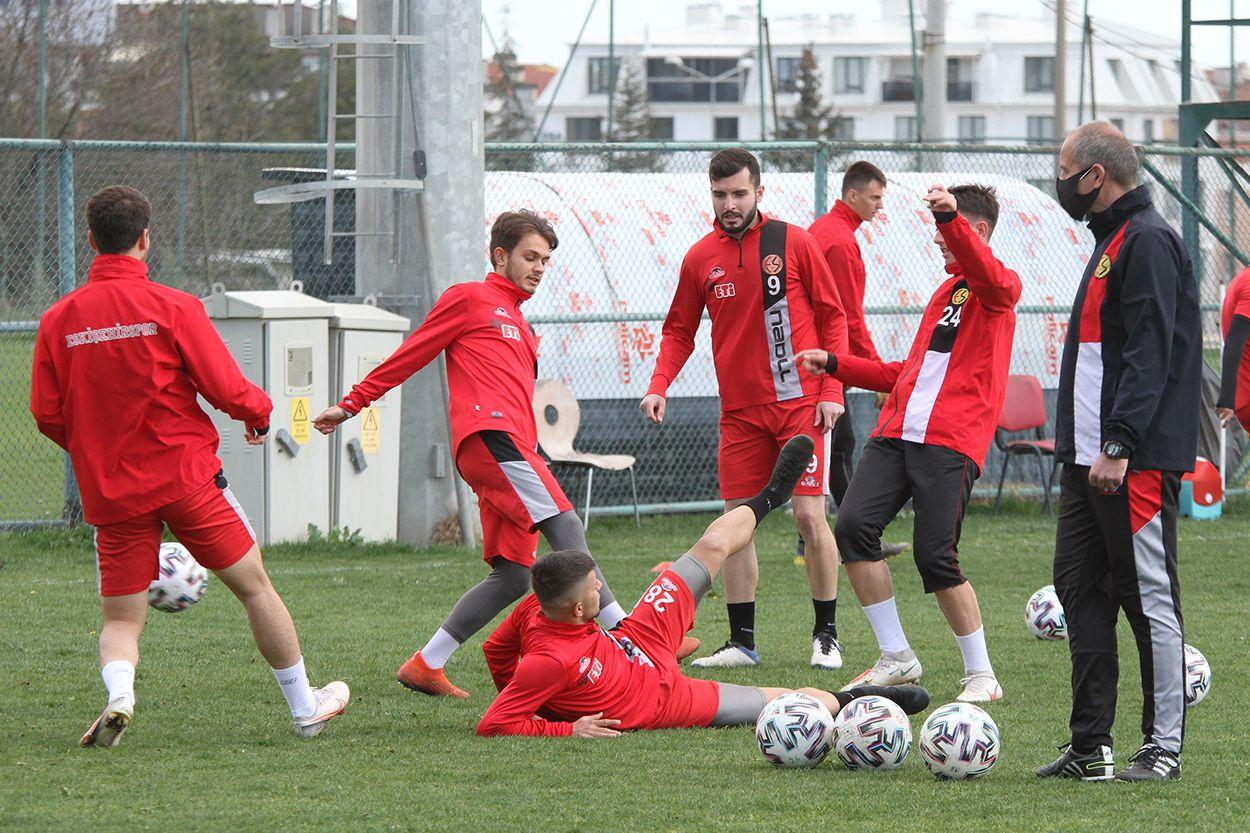 Eskişehirspor'da Menemenspor hazırlıkları başladı