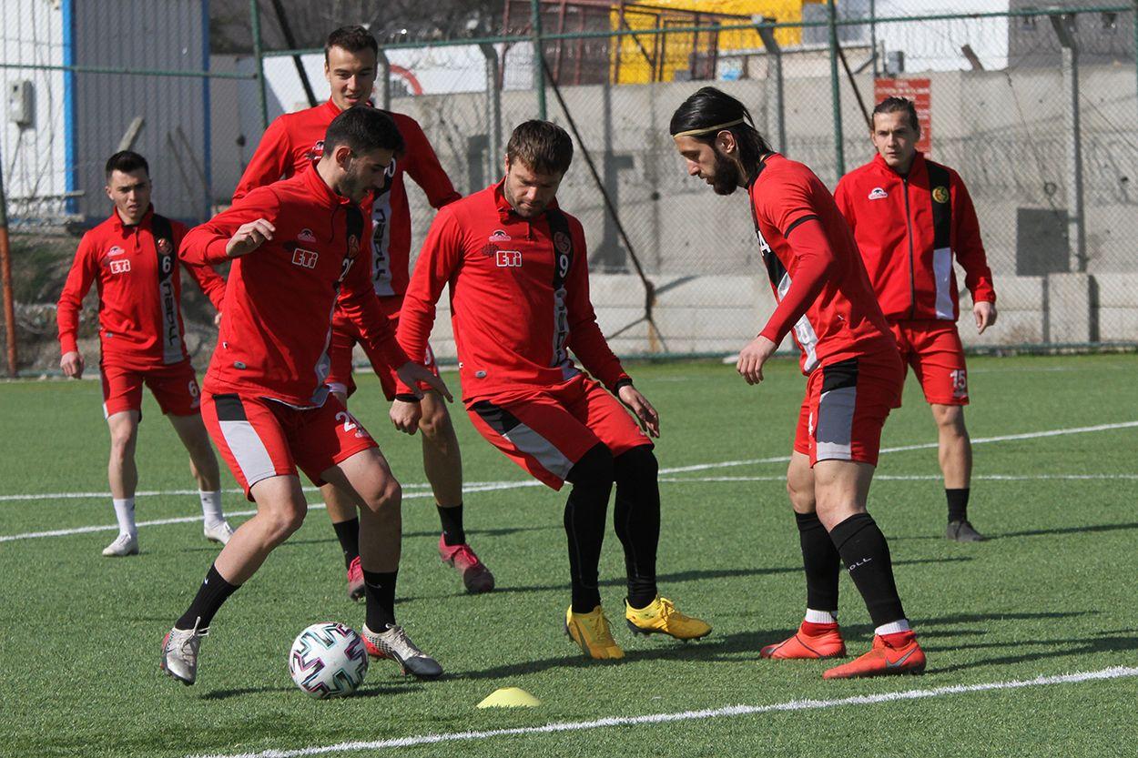Eskişehirspor'da Keçiörengücü maçı hazırlıkları başladı