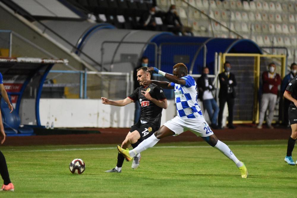 BB Erzurumspor: 1 Eskişehirspor: 0