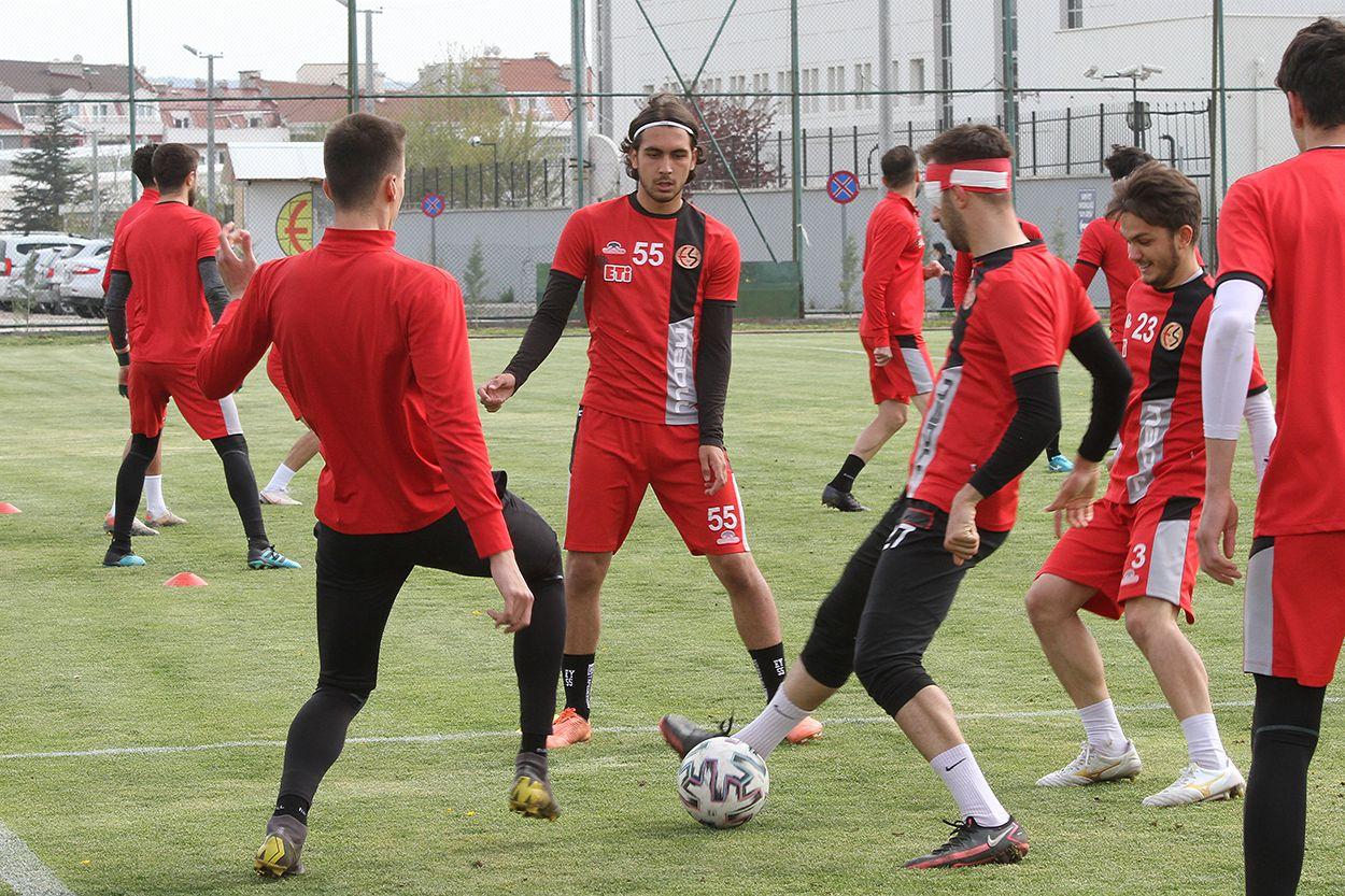 Eskişehirspor'da Bursaspor maçı hazırlıkları başladı
