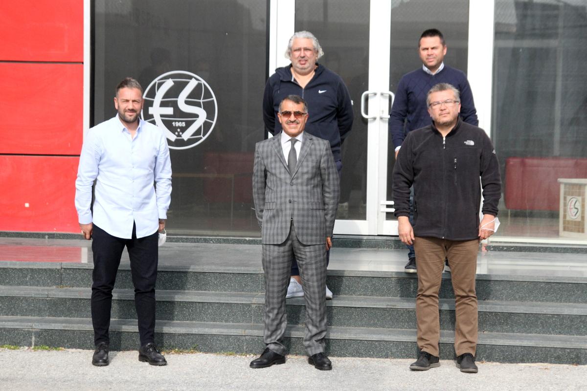 Tepebaşı Kaymakamı Ahmet Önal'dan Kulübümüze Ziyaret