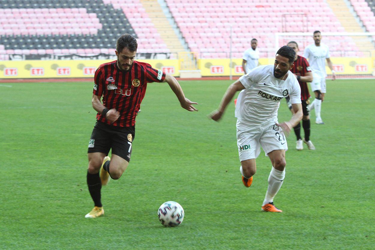 Eskişehirspor - Altay maçından kareler