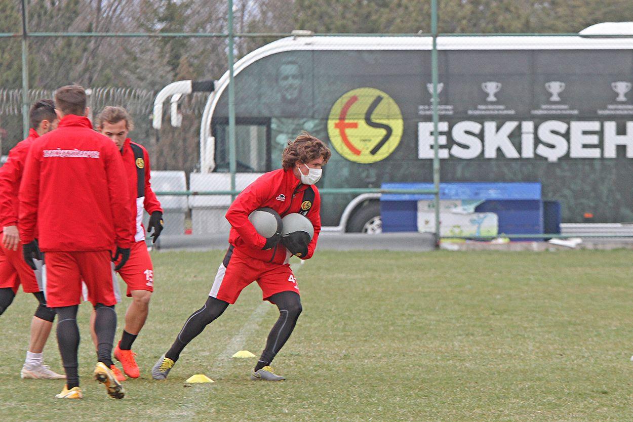 Eskişehirspor'da 1 günlük izin