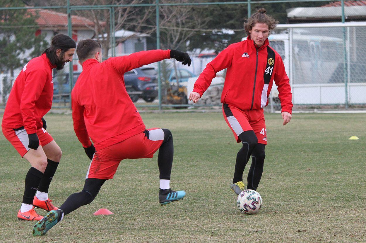 Eskişehirspor, Ümraniyespor'a hazır!